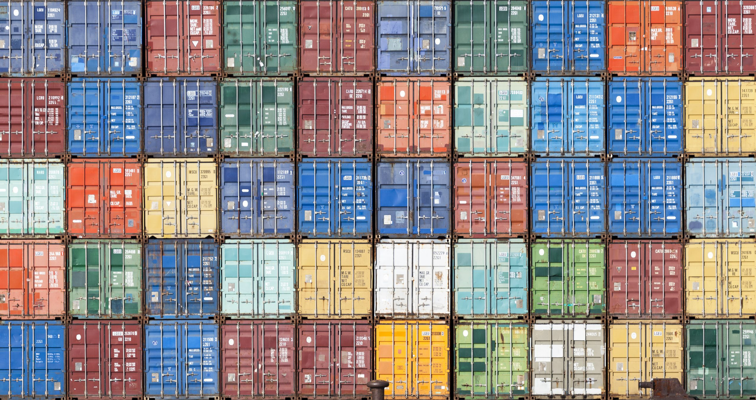 what is a freight forwarder
